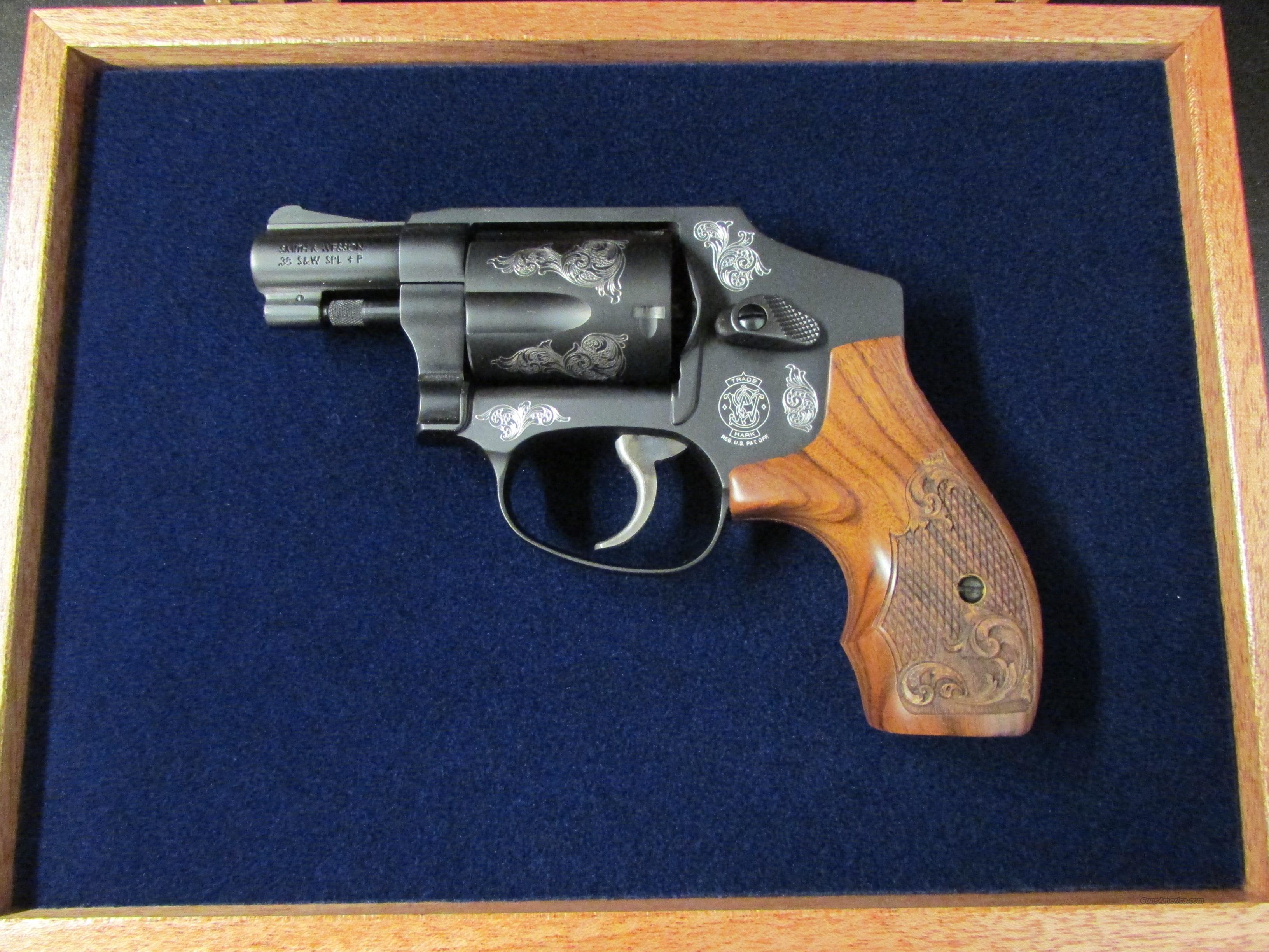 Smith & Wesson Model 442 Centennial AirWeight Engraved .38 Special  Guns > Pistols > Smith & Wesson Revolvers > Full Frame Revolver