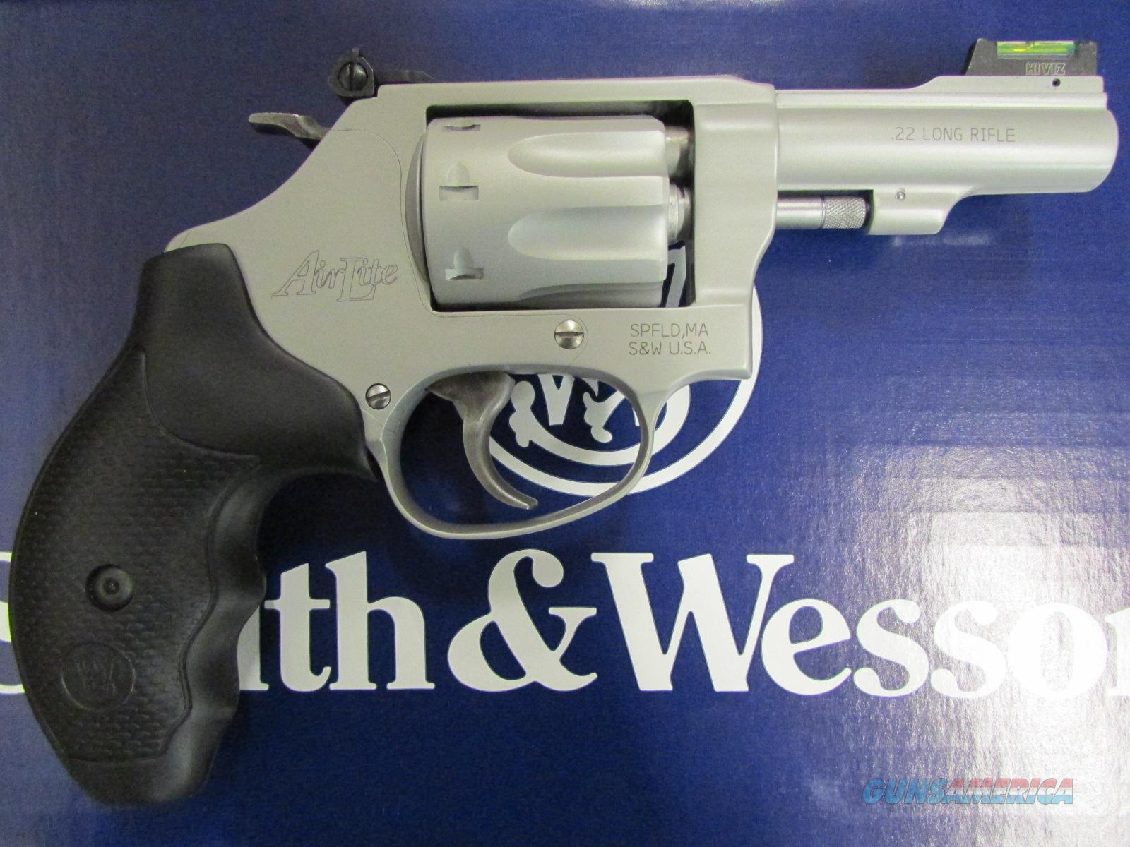 Smith & Wesson Model 317 Kit Gun Airweight 8-Shot .22 Long Rifle  Guns > Pistols > Smith & Wesson Revolvers > Pocket Pistols