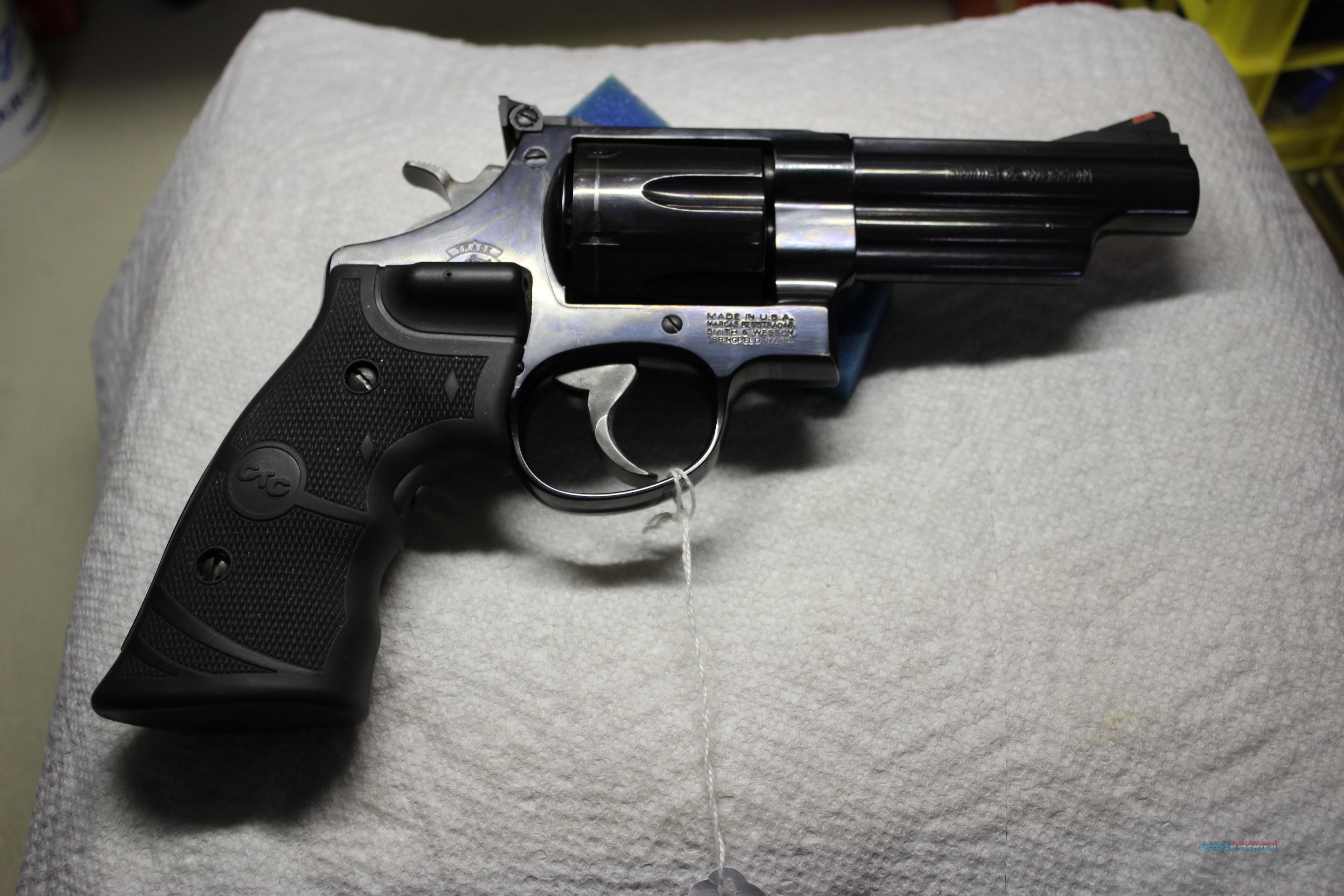 SMITH & WESSON  29-10  Guns > Pistols > Smith & Wesson Revolvers > Full Frame Revolver