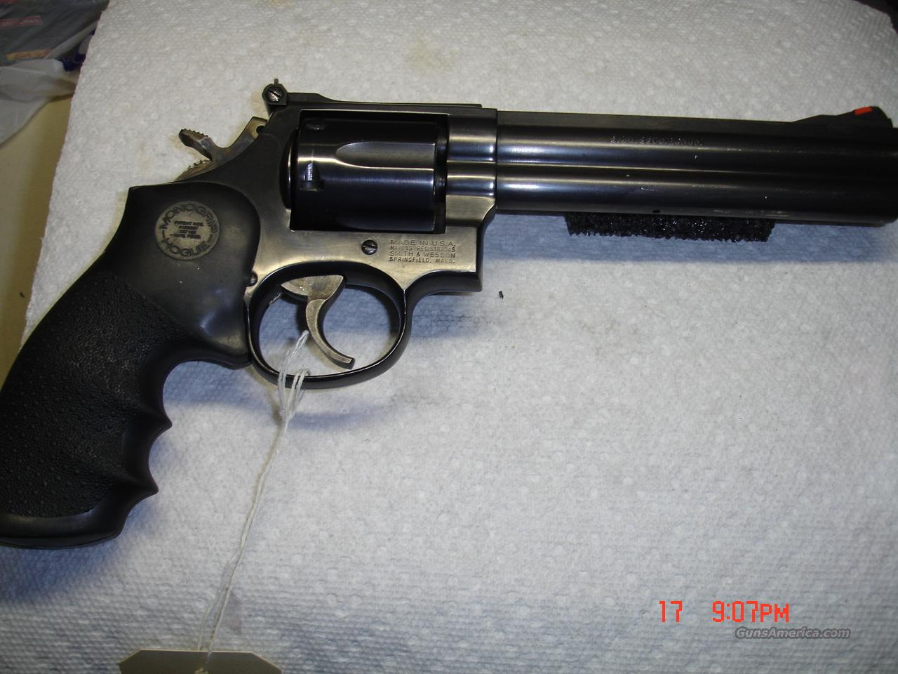 S&W MODEL 686-3  Guns > Pistols > Smith & Wesson Revolvers > Full Frame Revolver