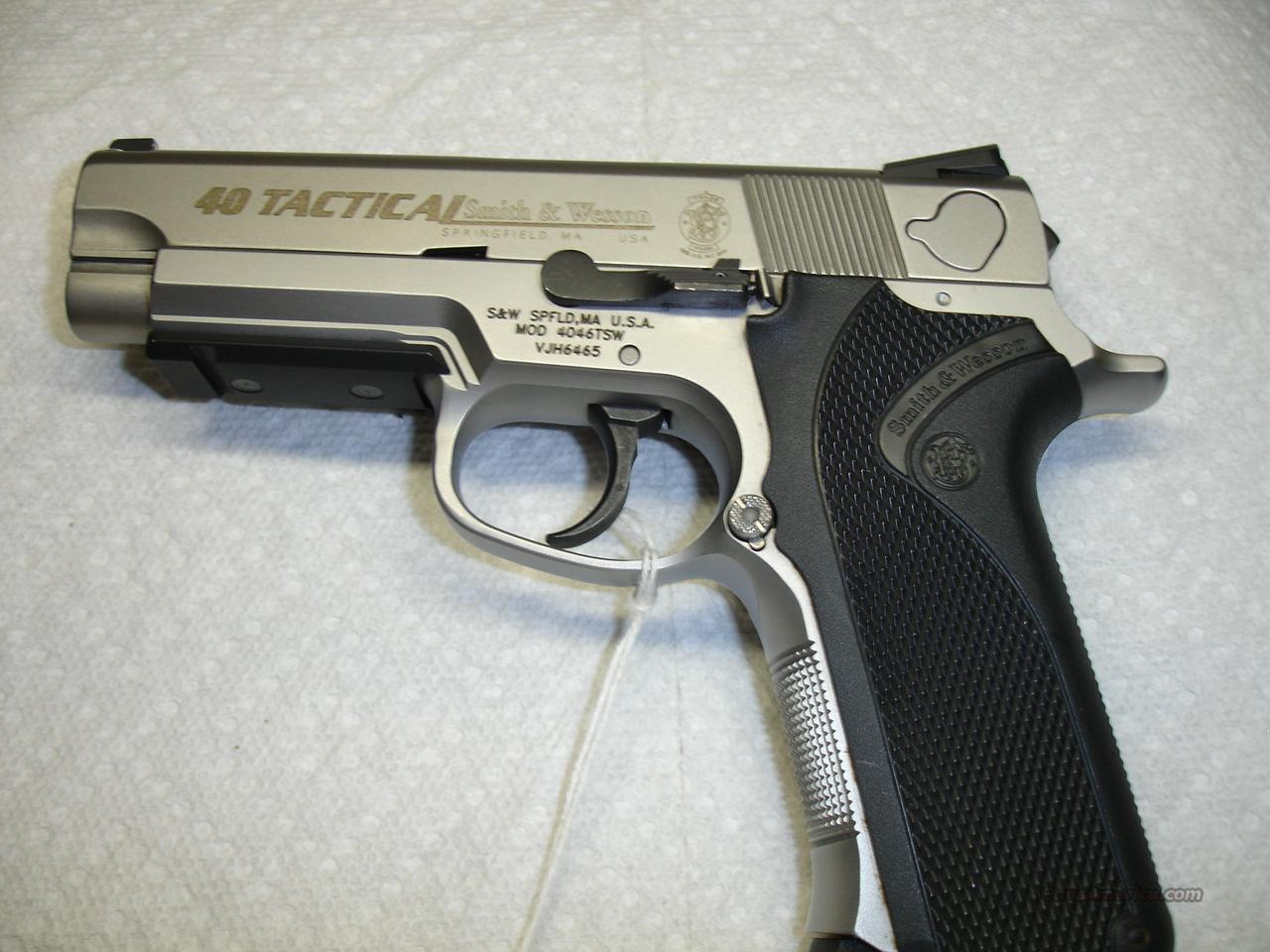 S&W  40 TACTICAL  Guns > Pistols > Smith & Wesson Pistols - Autos > Steel Frame