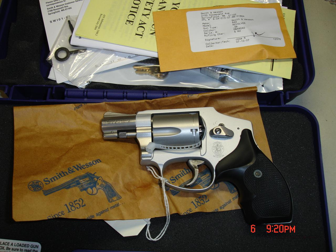 S&W AIRWEIGHT  Guns > Pistols > Smith & Wesson Revolvers > Pocket Pistols