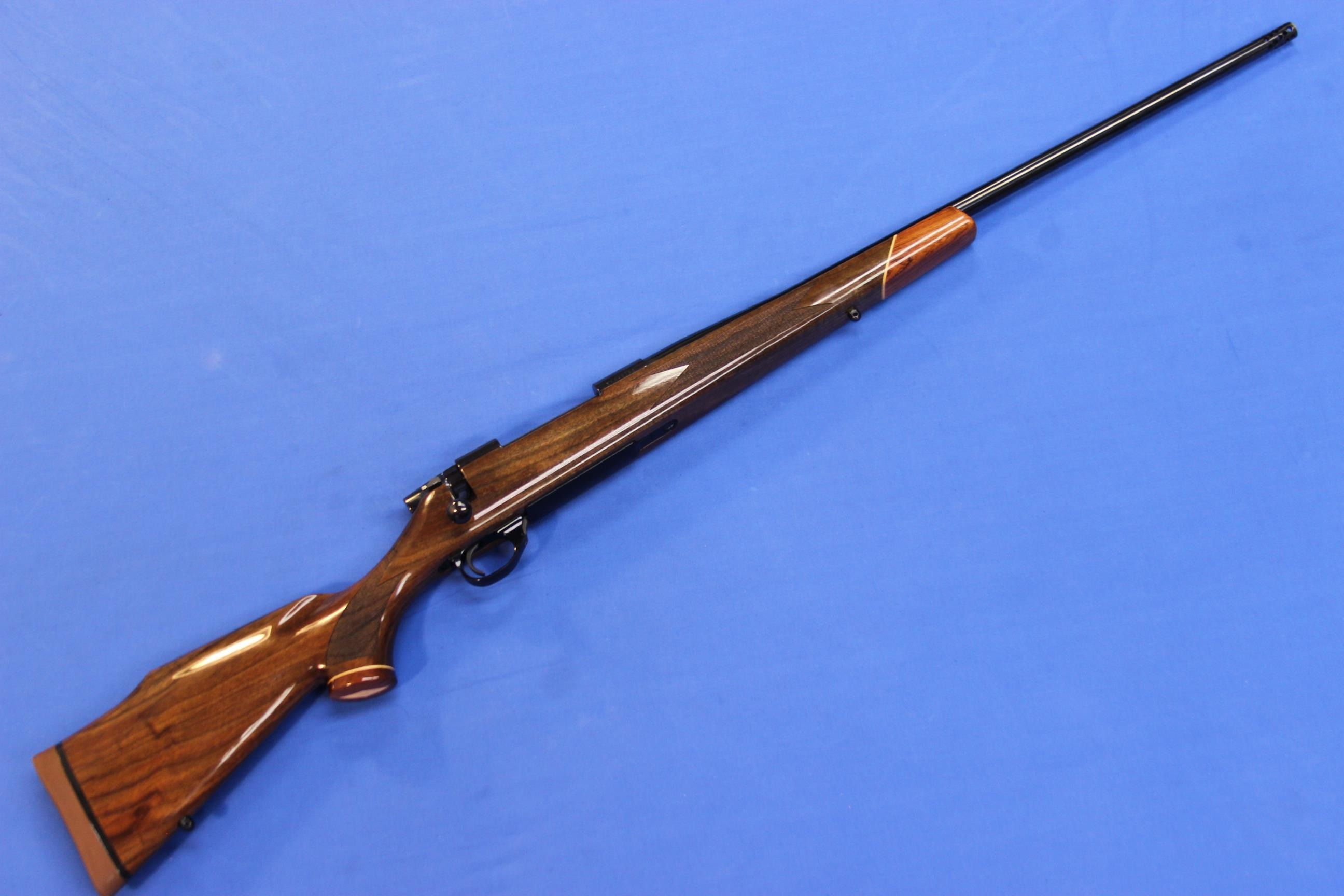 WEATHERBY VANGUARD DELUXE .300 WEATHERBY MAGNUM   Guns > Rifles > Weatherby Rifles > Sporting
