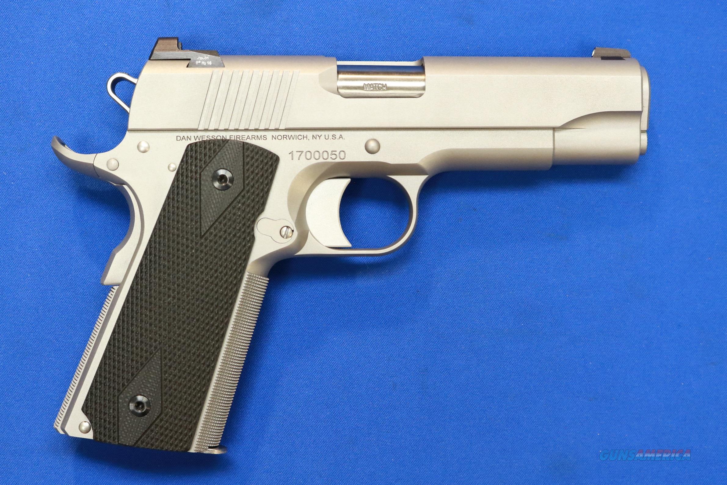 DAN WESSON 1911 VALOR STAINLESS 9mm TEXAS ENGRAVED  Guns > Pistols > Dan Wesson Pistols/Revolvers > 1911 Style