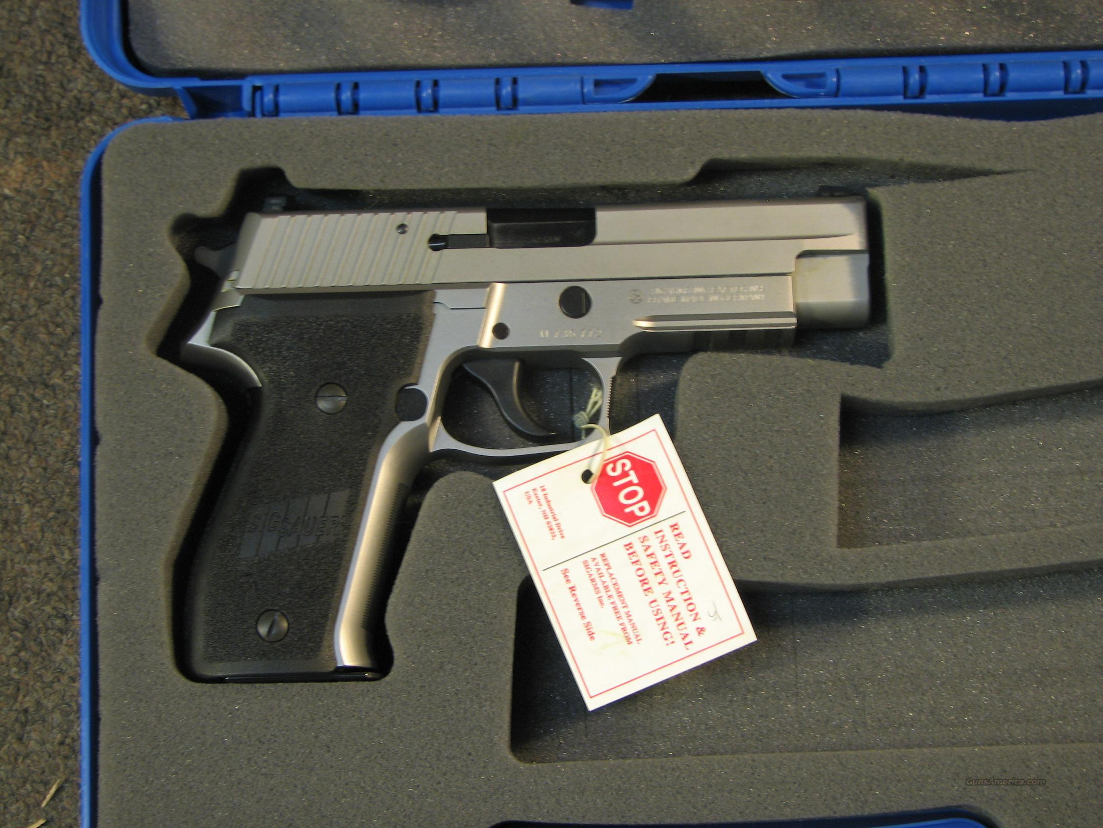 SIG SAUER P226 STAINLESS .40 S&W  Guns > Pistols > Sig - Sauer/Sigarms Pistols > P226