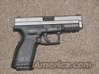 SPRINGFIELD XD-9 TWO-TONE SS 9mm  Guns > Pistols > Springfield Armory Pistols > XD (eXtreme Duty)