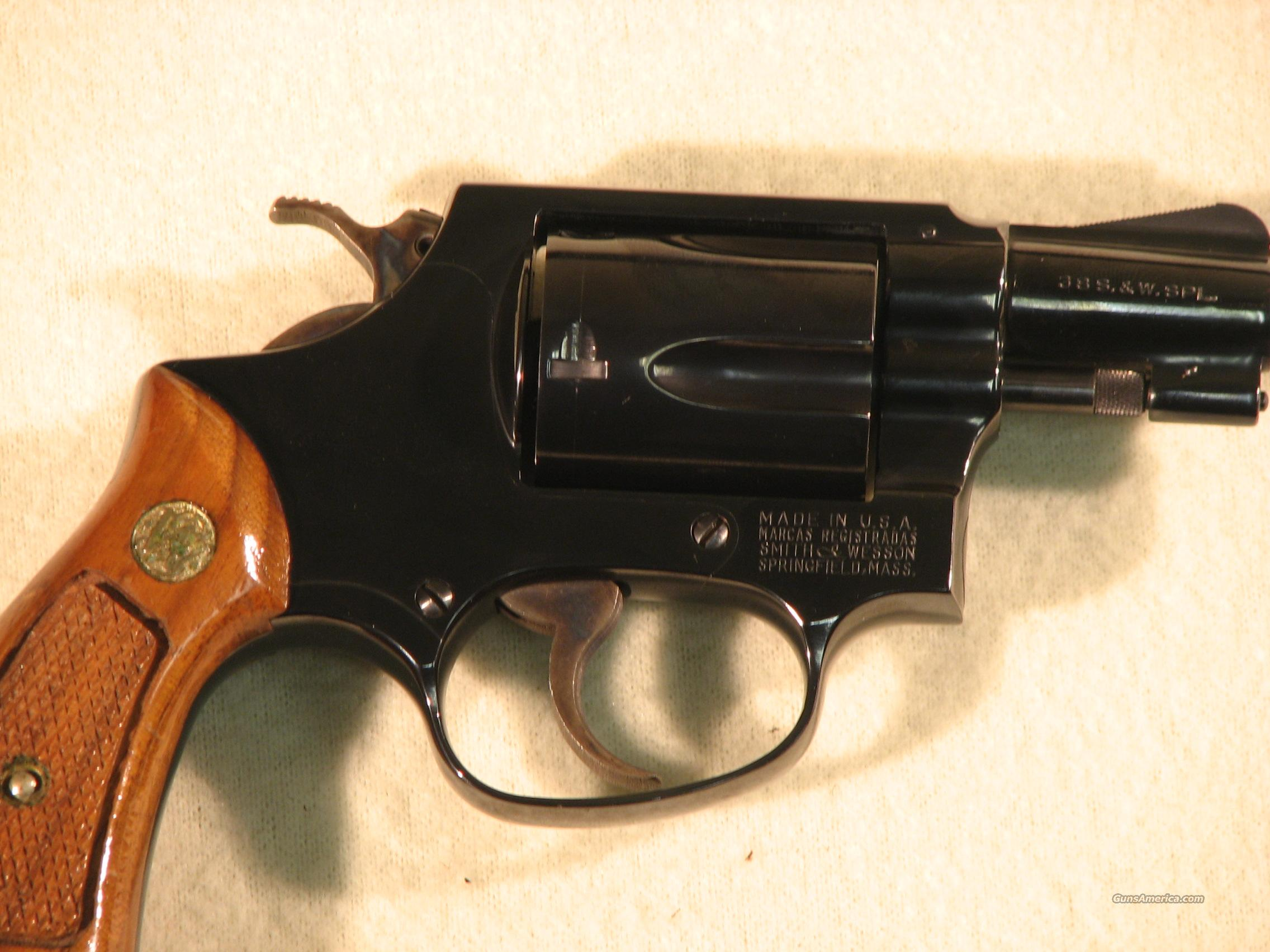 SMITH & WESSON 36 .38 Special LIKE NEW!  Guns > Pistols > Smith & Wesson Revolvers > Pocket Pistols