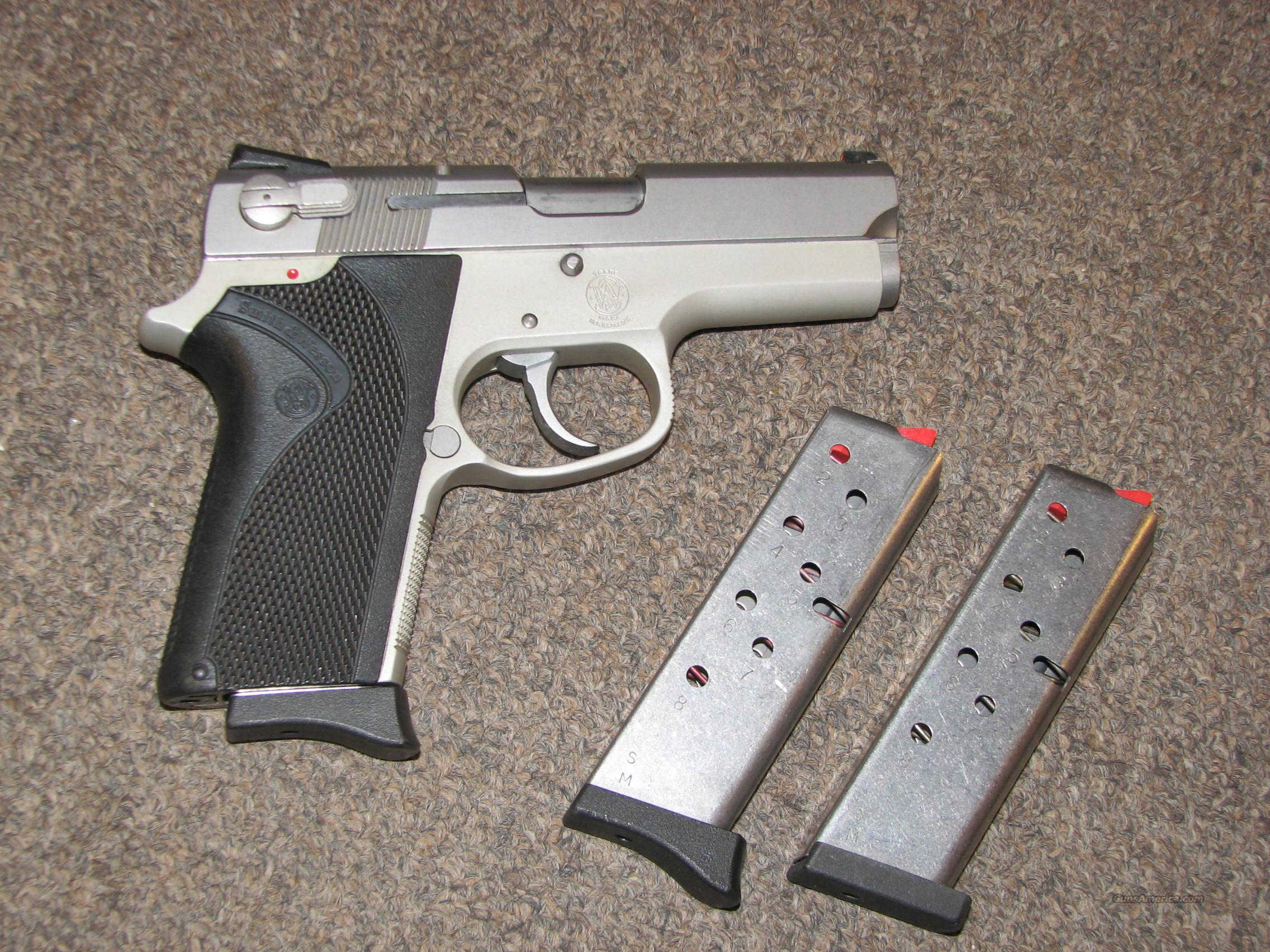 SMITH & WESSON 3913 9mm w/ 3 Mags  Guns > Pistols > Smith & Wesson Pistols - Autos > Alloy Frame