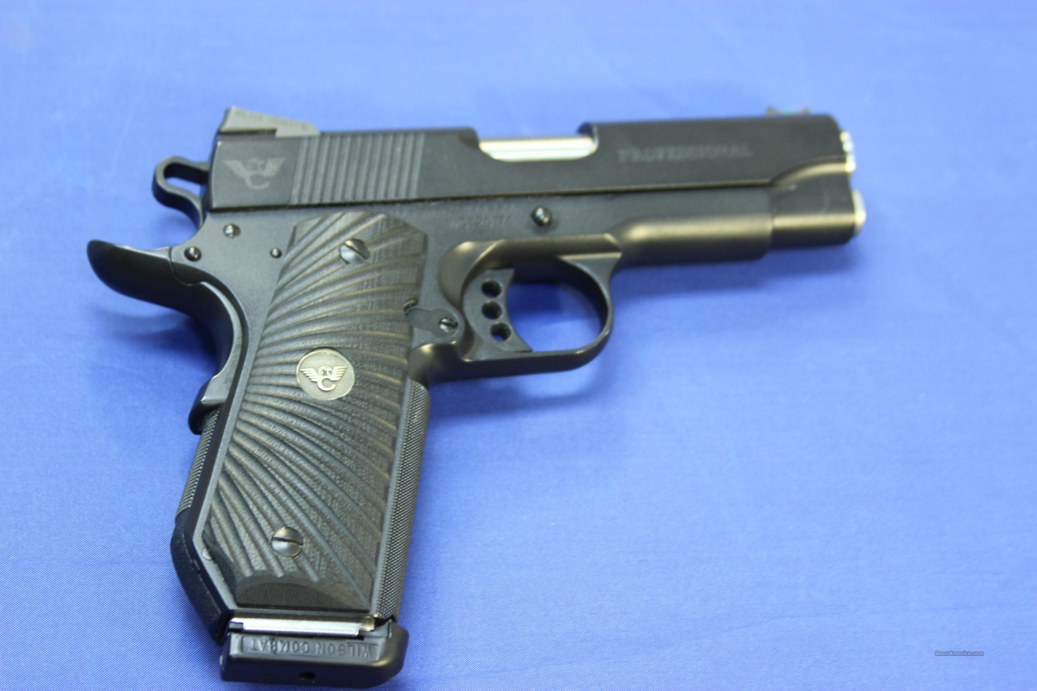 WILSON COMBAT 1911 PROFESSIONAL .45 ACP - w/ CASE AND FACTORY PAPERS  Guns > Pistols > Wilson Combat Pistols