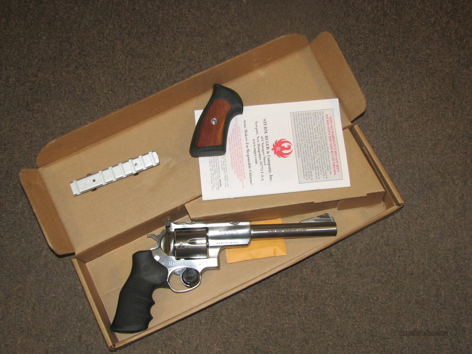 "RUGER SUPER REDHAWK .44 MAG - 7-1/2"" - IN BOX  Guns > Pistols > Ruger Double Action Revolver > Redhawk Type"