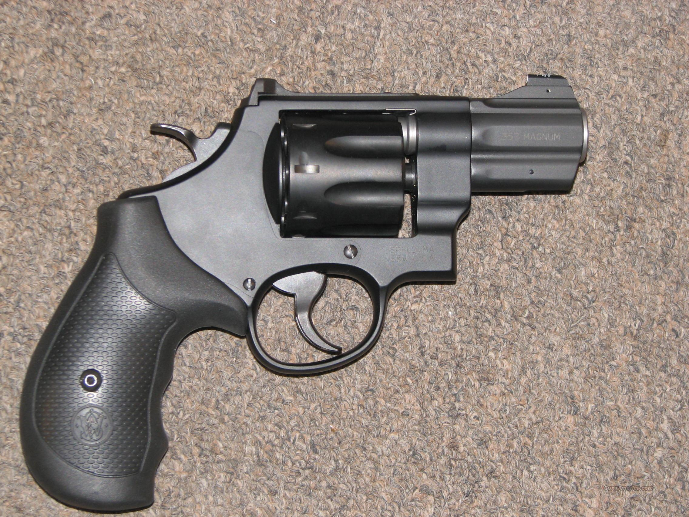 SMITH & WESSON 327 NIGHT GUARD .357 MAG - NEW!  Guns > Pistols > Smith & Wesson Revolvers > Full Frame Revolver