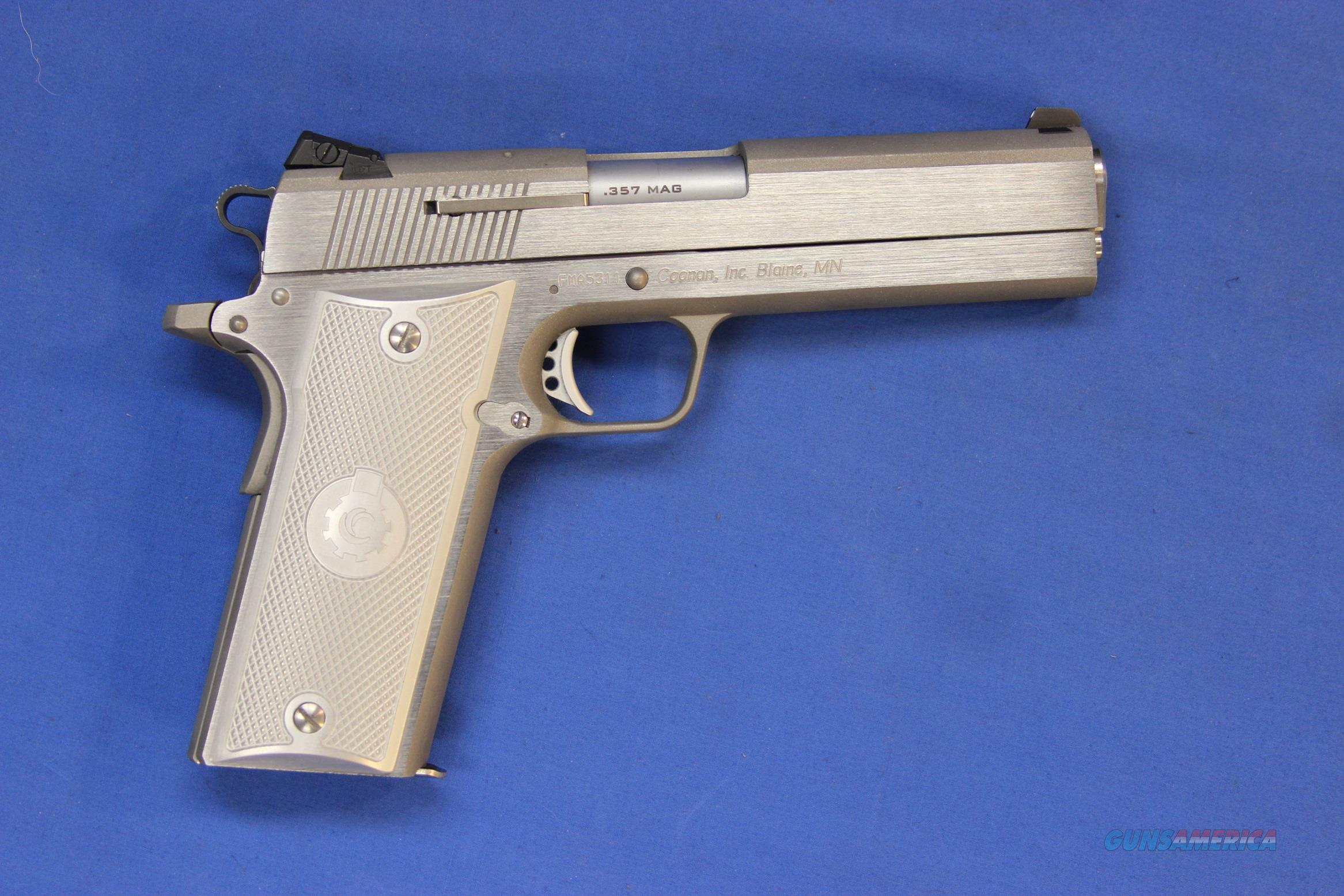 COONAN CLASSIC SS .357 MAG w/BOX - 2 MAGS - EXTRA GRIPS  Guns > Pistols > Coonan Arms Pistols