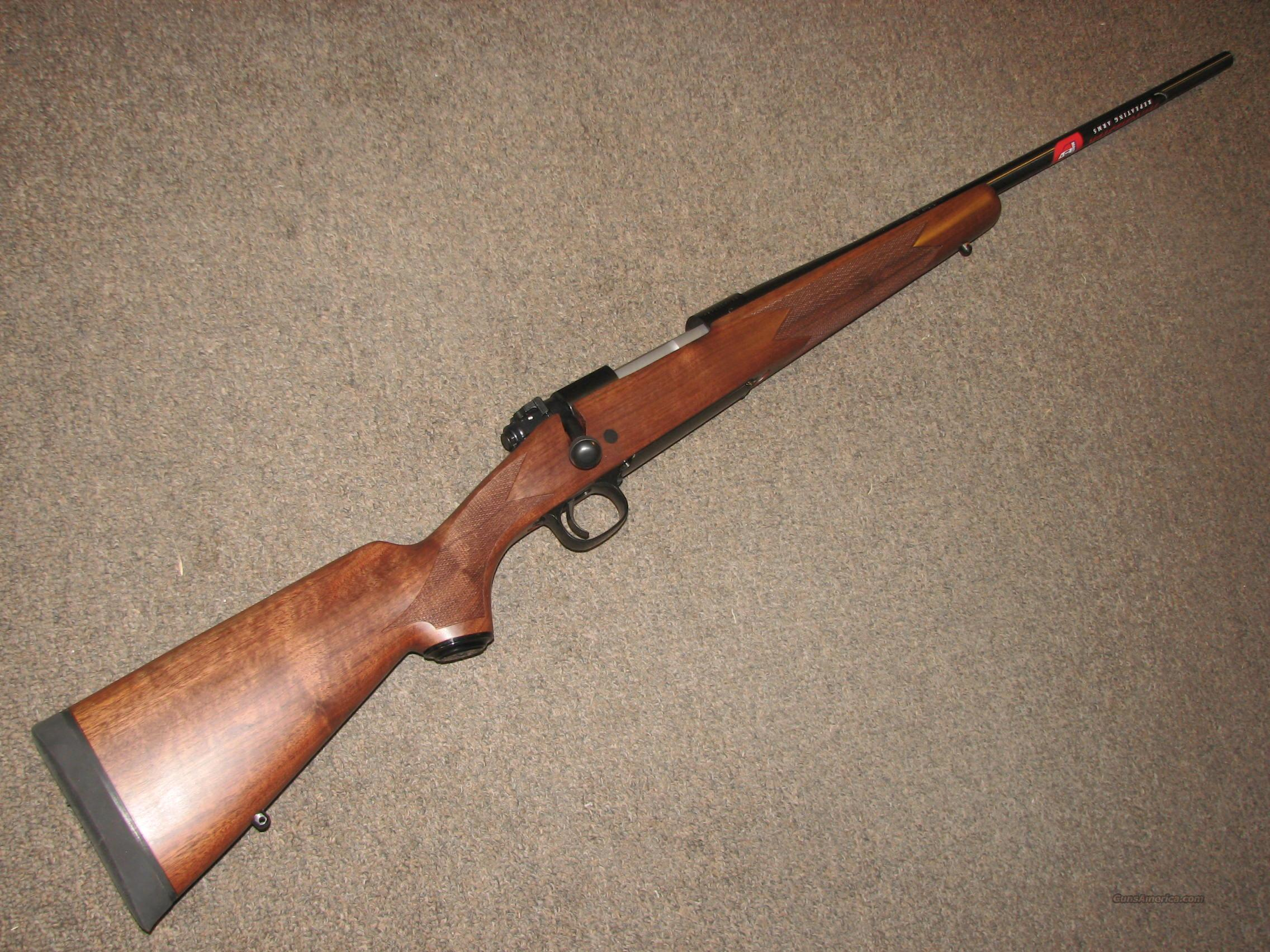 WINCHESTER MODEL 70 SPORTER DELUXE .30-06 - NEW!  Guns > Rifles > Winchester Rifles - Modern Bolt/Auto/Single > Model 70 > Post-64