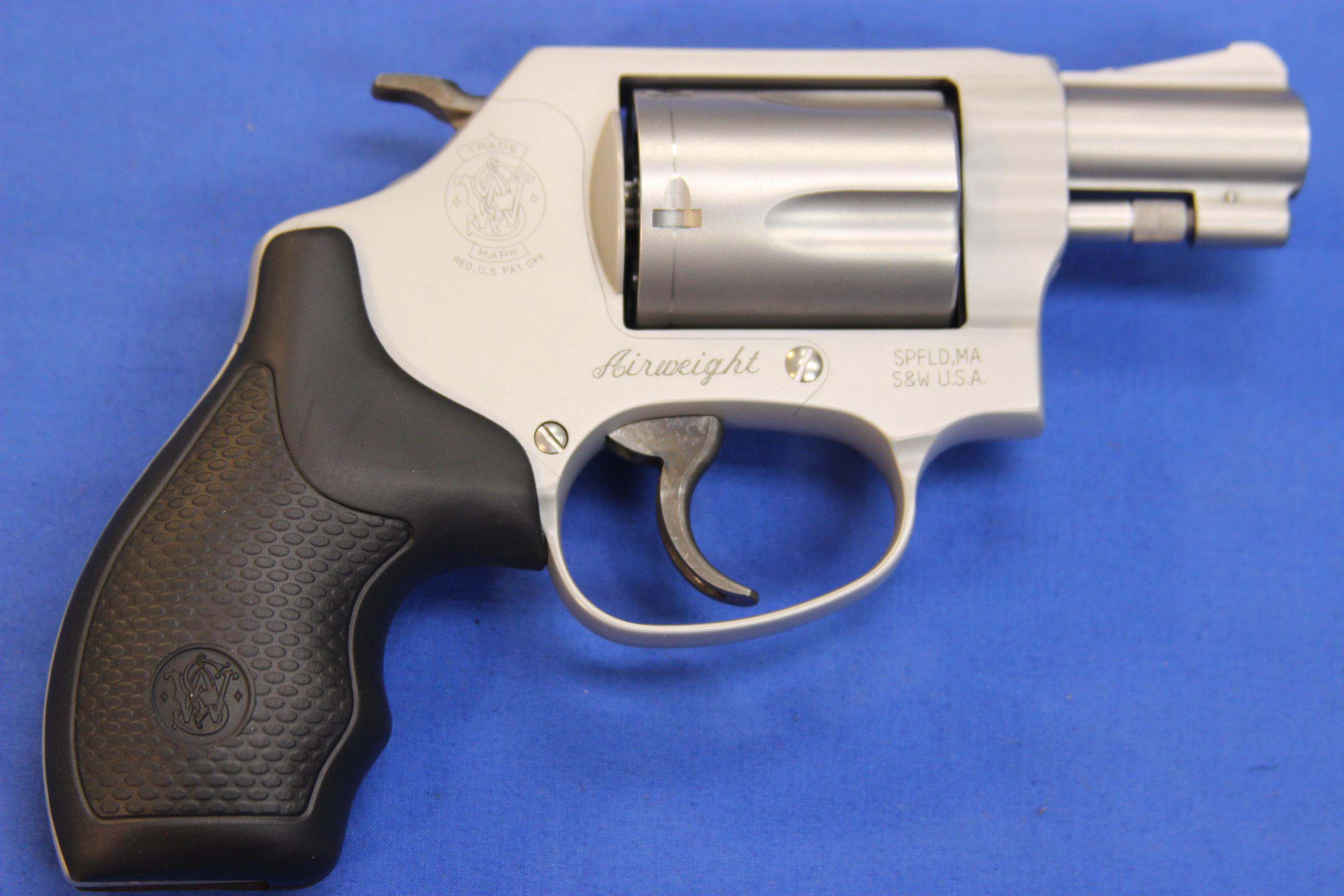 SMITH & WESSON 637-2 .38 SPECIAL +P w/ BOX  Guns > Pistols > Smith & Wesson Revolvers > Pocket Pistols