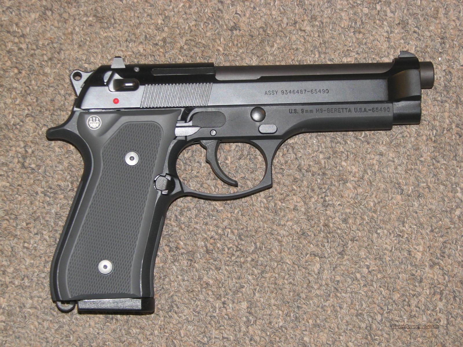 BERETTA M9 9mm - LIKE NEW!  Guns > Pistols > Beretta Pistols > Model 92 Series
