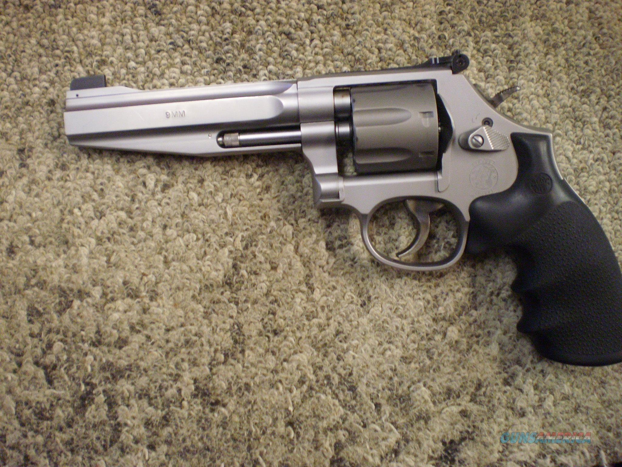 SMITH & WESSON MODEL 986 PRO 9MM  Guns > Pistols > Smith & Wesson Revolvers > Med. Frame ( K/L )