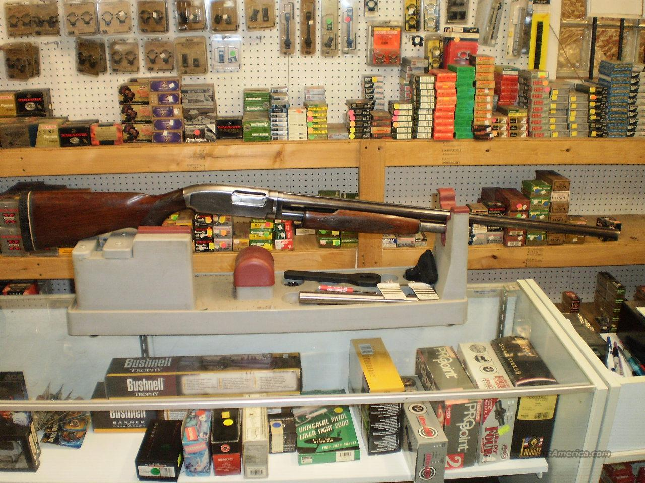 Winchester Model 12 Magnum 12 GA  Guns > Shotguns > Winchester Shotguns - Modern > Pump Action > Hunting