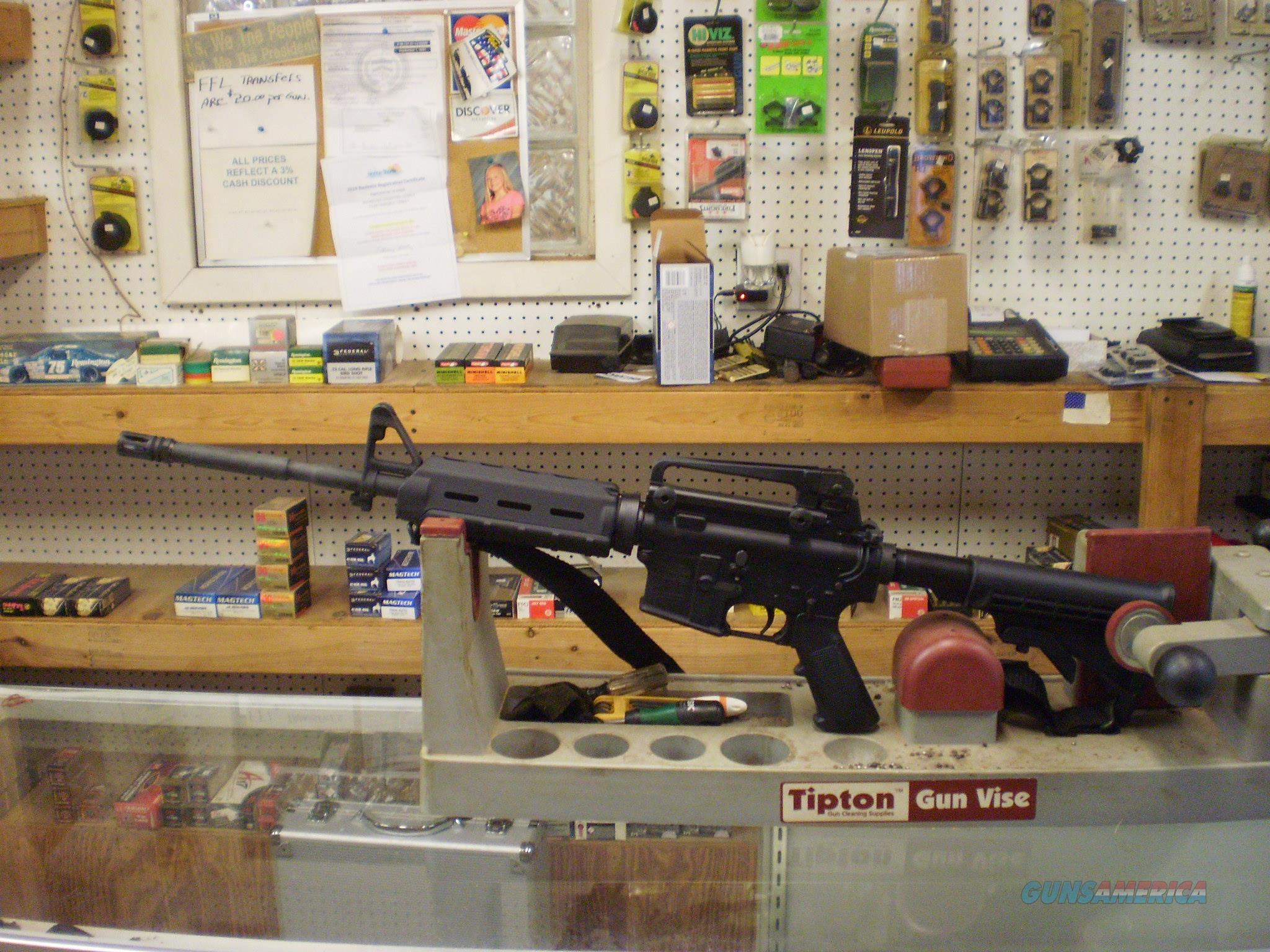 WINDHAM WEAPONRY WW-15 556 CARBINE  Guns > Rifles > Windham Weaponry Rifles