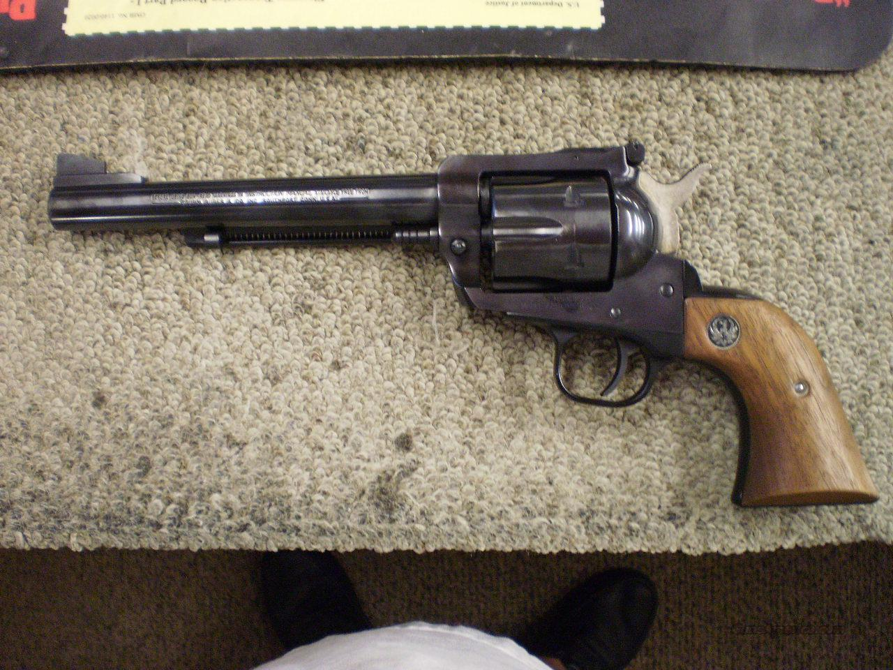 RUGER NEW MODEL BLACKHAWK 357 MAGNUM  Guns > Pistols > Ruger Single Action Revolvers > Blackhawk Type