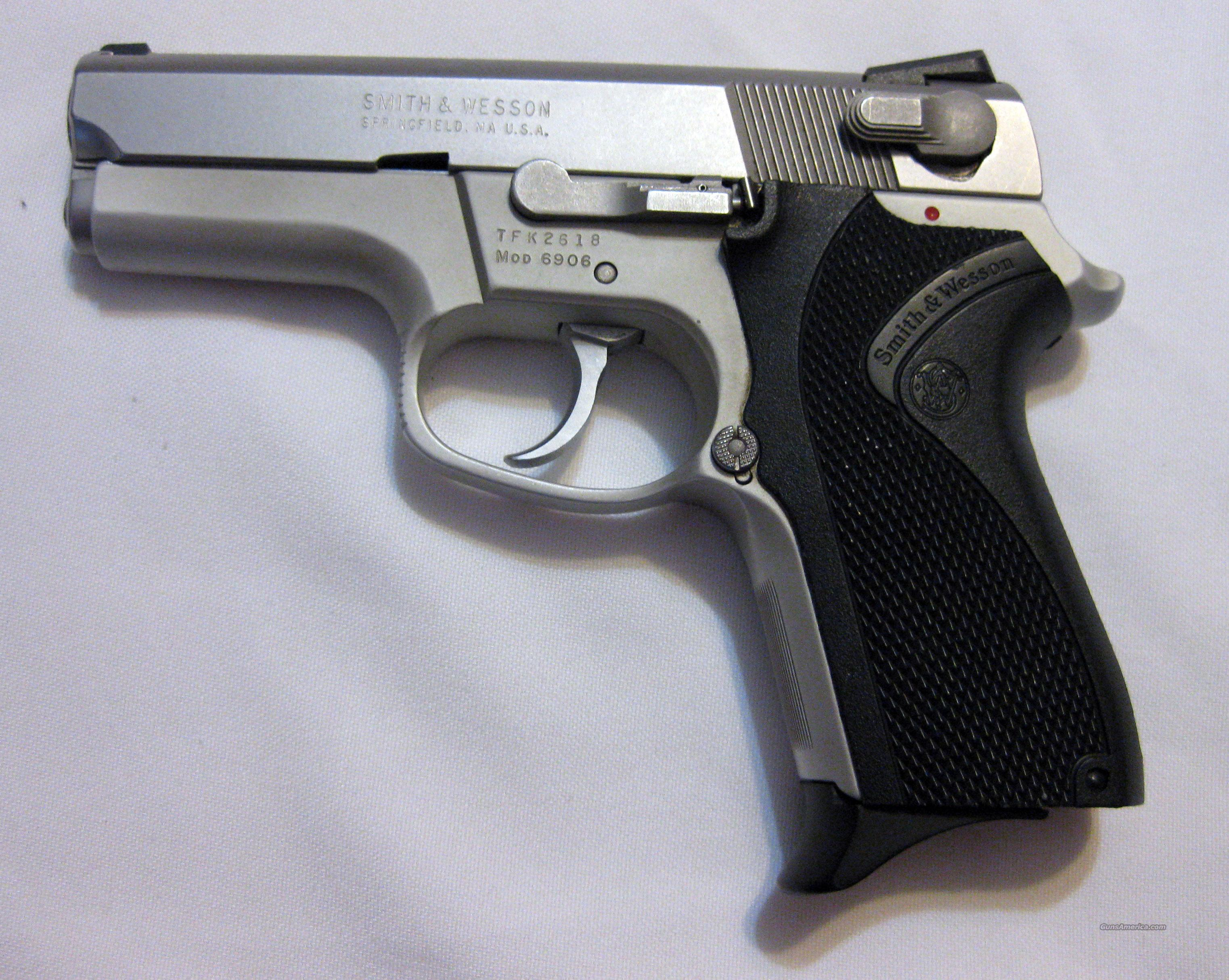 Smith & Wesson Mdl 6906  Guns > Pistols > Smith & Wesson Pistols - Autos > Alloy Frame