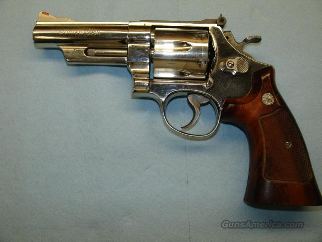 "S&W M57 NO DASH 41 MAG NICKEL 4 "" BBL  Guns > Pistols > Smith & Wesson Revolvers > Full Frame Revolver"