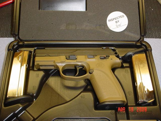 FNP TWO TONE DARK EARTH 40 S&W   Guns > Pistols > FNH - Fabrique Nationale (FN) Pistols > FNP