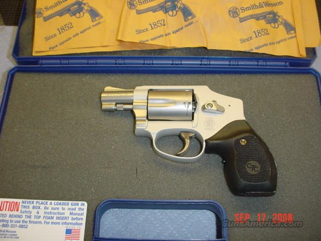 S&W 642 CENTENIALL AIRWEIGHT AND CRIMSON TRACE GRIPS 38 SPCL+P  Guns > Pistols > Smith & Wesson Revolvers > Pocket Pistols