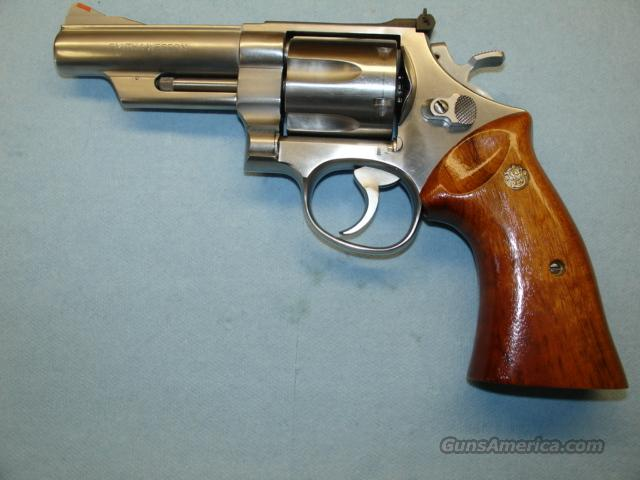SMITH&WESSON M629-1 4 INCH BBL 44 MAG  Guns > Pistols > Smith & Wesson Revolvers > Model 629