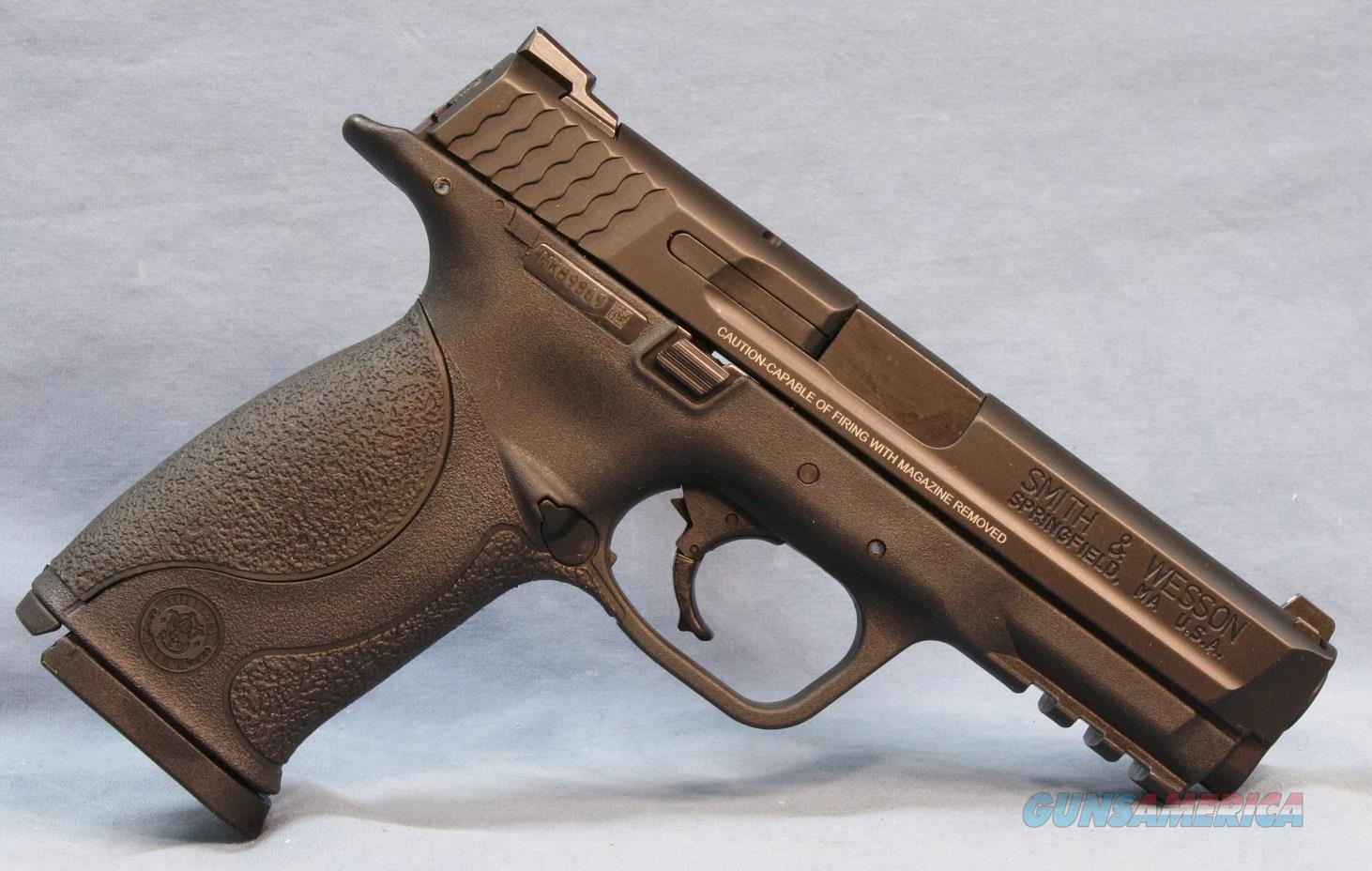 Smith & Wesson M&P 9 Double Action Semi-Automatic Pistol 9mm Luger   Guns > Pistols > Smith & Wesson Pistols - Autos > Polymer Frame