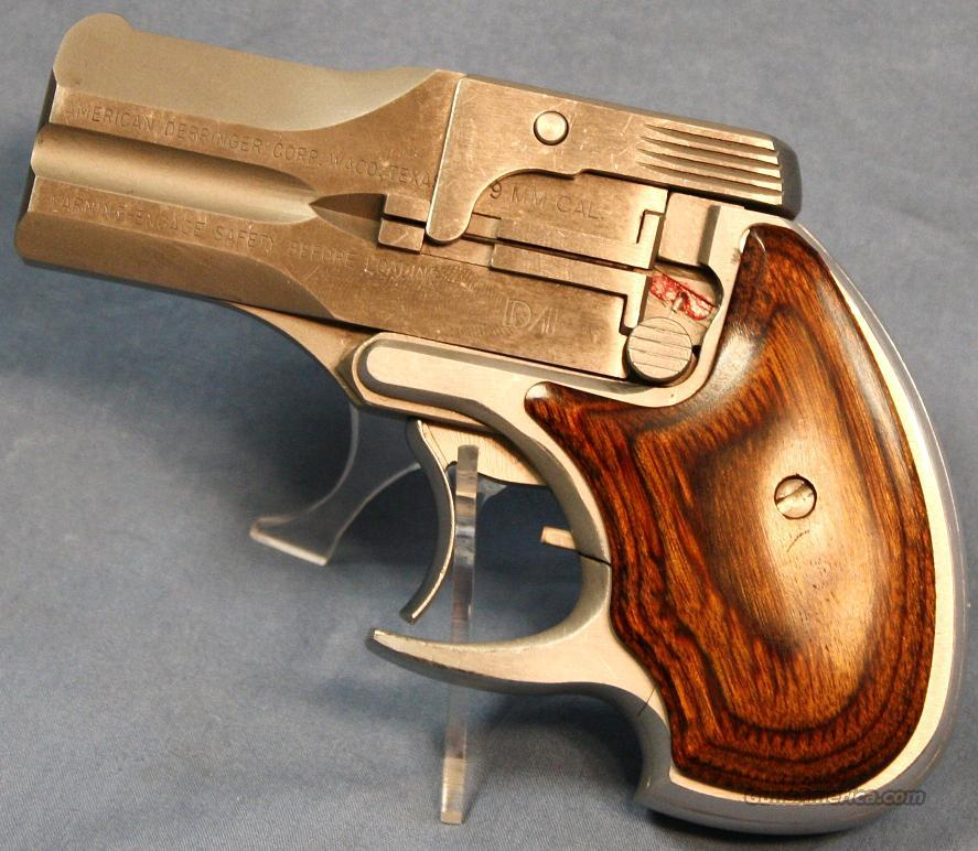 American Derringer Double Action Over Under Pistol 9mm  Guns > Pistols > Derringer Modern