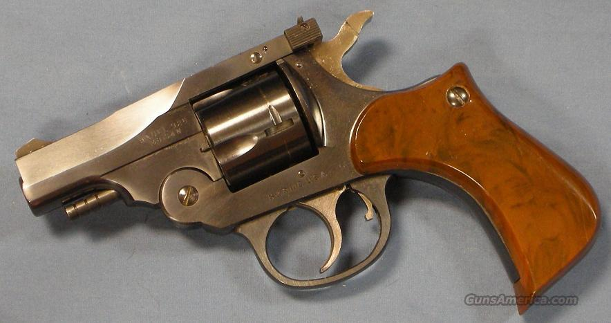 H&R Harrington and Richardson Model 925 Defender Double Action Revolver .38 S&W  Guns > Pistols > Harrington & Richardson Pistols