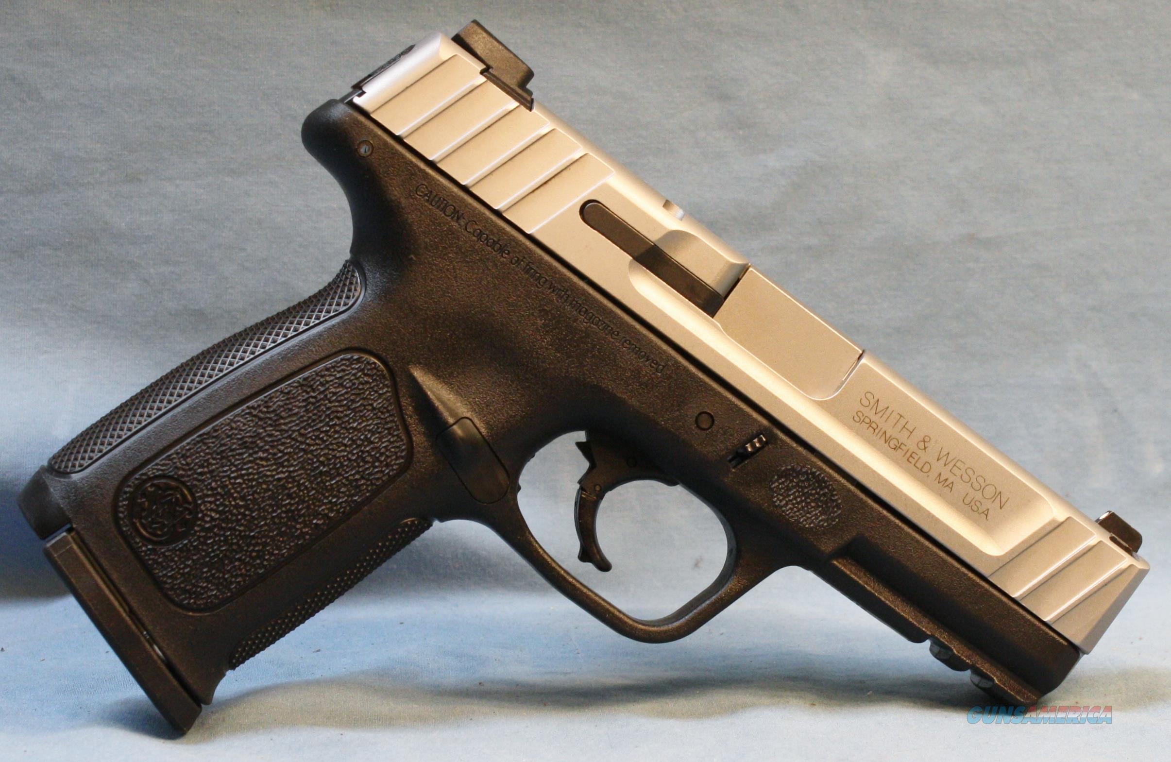 Smith & Wesson SD9VE Double Action Semi-Automatic Pistol, 9mm Luger   Guns > Pistols > Smith & Wesson Pistols - Autos > Polymer Frame