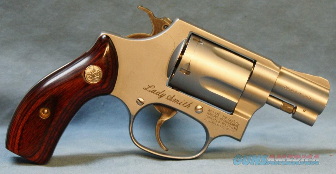 Smith & Wesson Lady Smith model 60-7 Double Action Revolver, 38spl   Guns > Pistols > Smith & Wesson Revolvers > Small Frame ( J )