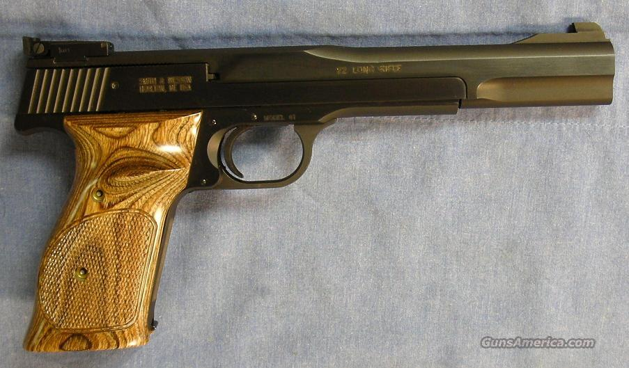 Smith & Wesson Model 41 Semi-Automatic Target Pistol .22LR  Guns > Pistols > Smith & Wesson Pistols - Autos > .22 Autos