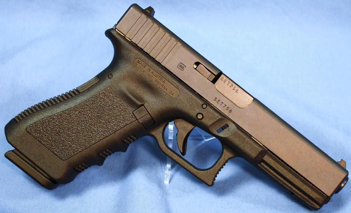 Glock Model 17 Semi-Automatic Pistol 9mm  Guns > Pistols > Glock Pistols > 17