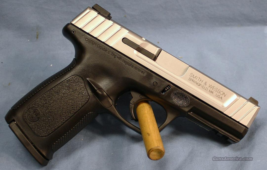 Smith & Wesson SD9VE Double Action Semi-Automatic Pistol 9mm  Guns > Pistols > Smith & Wesson Pistols - Autos > Polymer Frame
