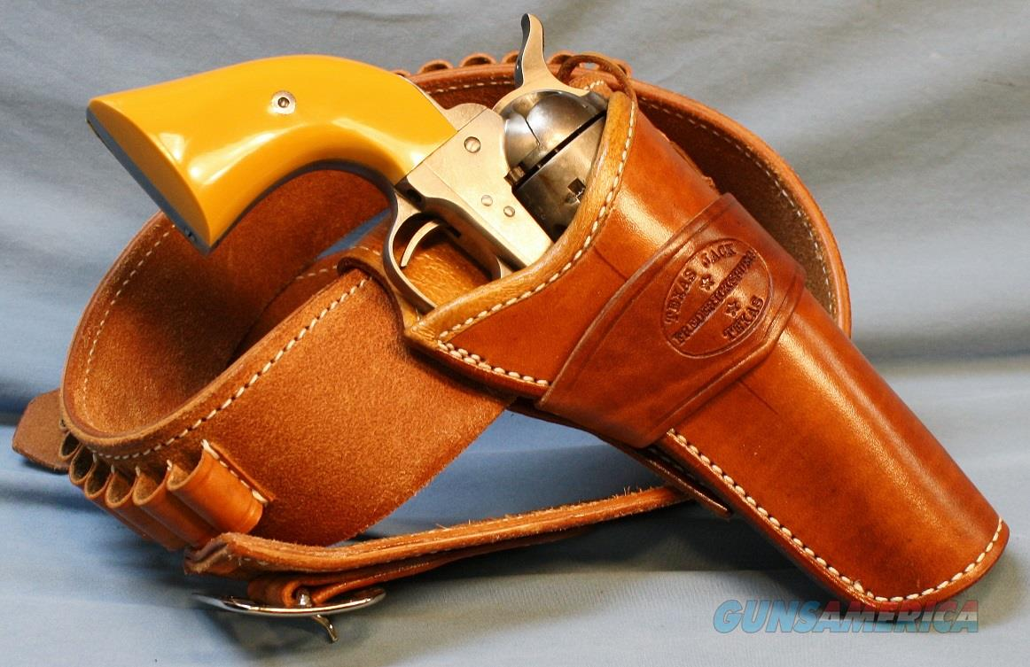 Cimarron Rooster Shooter Single Action Revolver with Holster and Gun Belt,  45 Colt Free Shipping!!  Guns > Pistols > Cimmaron Pistols