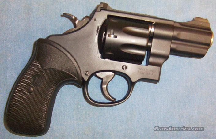 Smith & Wesson Model 327 Night Guard 357 Magnum 8-Shot Double Action Revolver  Guns > Pistols > Smith & Wesson Revolvers > Full Frame Revolver