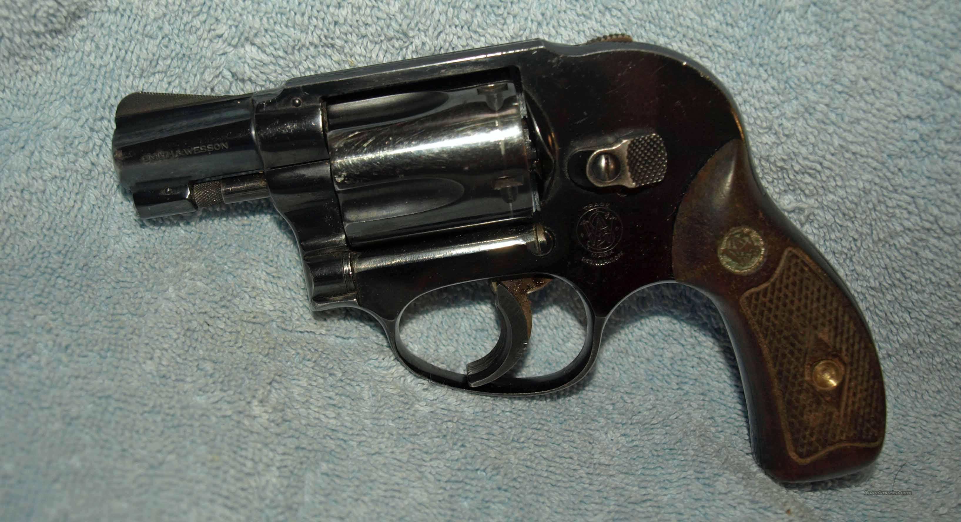 S&W Model 49  Guns > Pistols > Smith & Wesson Revolvers > Pocket Pistols