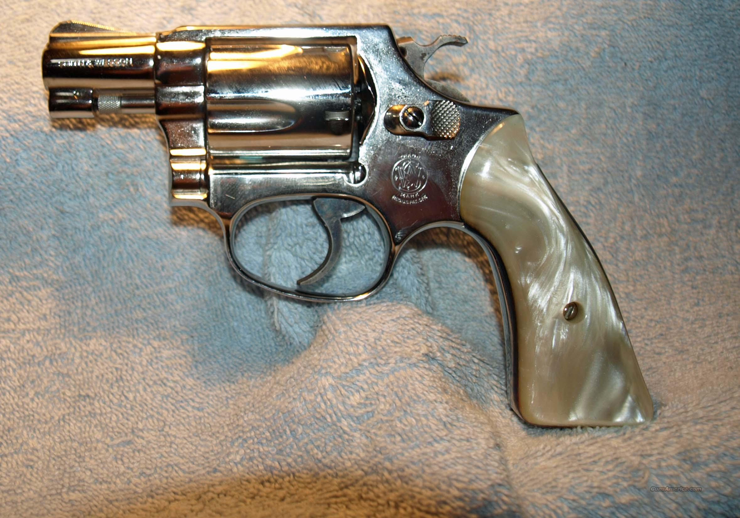 S&W Nickel Model 37  Guns > Pistols > Smith & Wesson Revolvers > Pocket Pistols