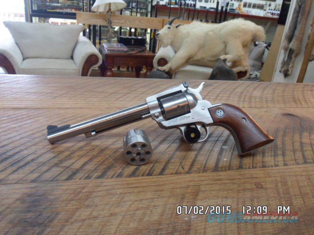 RUGER NEW MODEL STAINLESS SINGLE SIX CONVERTIBLE 22 L.R. & 22 MAGNUM ALL 99% NO BOX.  Guns > Pistols > Ruger Single Action Revolvers > Single Six Type