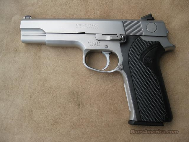 SMITH & WESSON MODEL 4546 STAINLESS PISTOL 45 ACP 1990-1991 ONLY.  Guns > Pistols > Smith & Wesson Pistols - Autos > Steel Frame