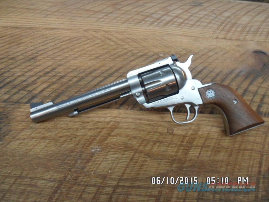RUGER NEW MODEL STAINLESS BLACKHAWK 357 MAG. 6 SHOT SINGLE ACTION REVOLVER 98% PLUS NO BOX  Guns > Pistols > Ruger Single Action Revolvers > Blackhawk Type