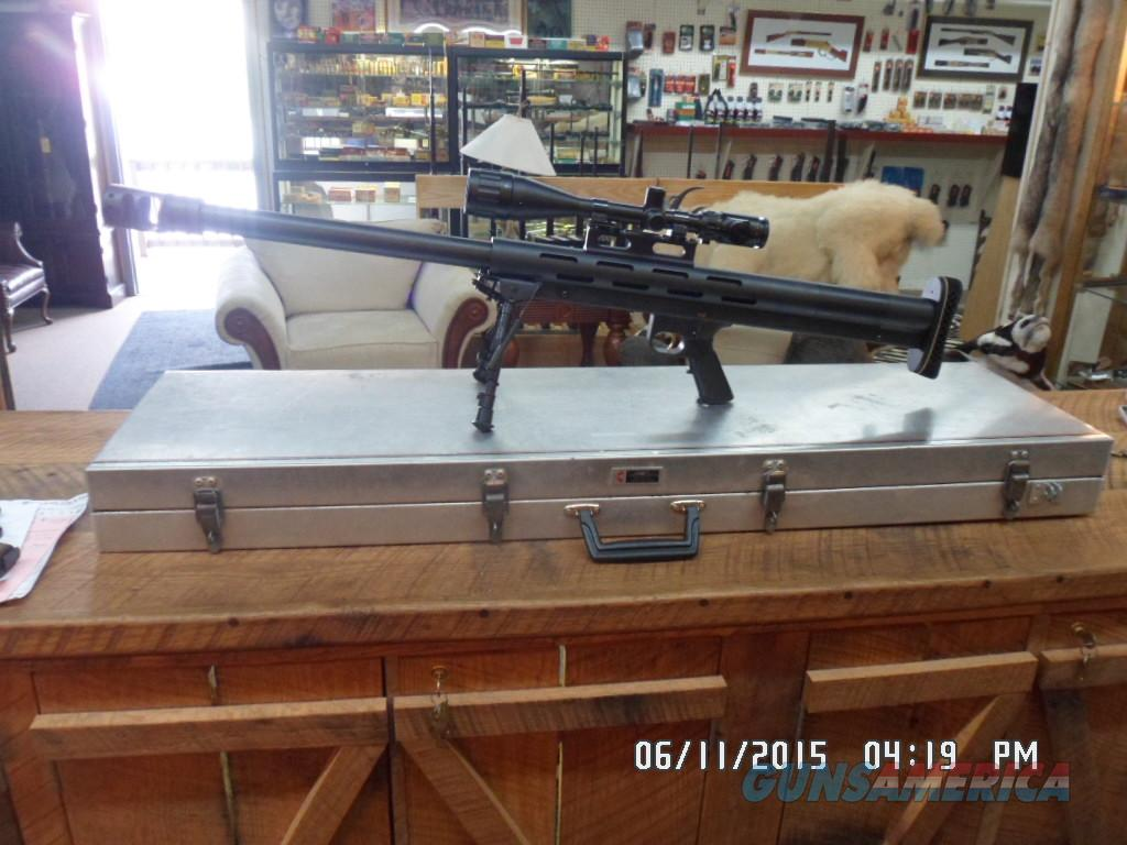 "LAR GRIZZLY ""BIG BOAR"" 50BMG.SINGLE SHOT LONG RANGE RIFLE IN HEAVY DUTY ALUMINUM HARD CASE 99% PLUS COND.  Guns > Rifles > LAR/Grizzly Mfg. Co. Rifles"