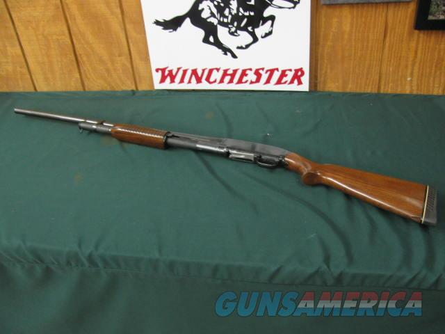 6687 Winchester model 12 12 gauge 30 inch barrel full 2 3/4 chamber, 14 3/4 Whiteline pad, chip by toe,excellent condition, bore brite shiny s/n 132687x  Guns > Shotguns > Winchester Shotguns - Modern > Pump Action > Hunting