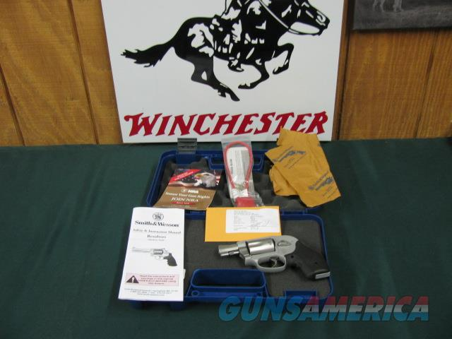 6041 Smith Wesson 638-3 38 special AIRWEIGHT WITH CRIMSON TRACE LAZER   Guns > Pistols > Smith & Wesson Revolvers > Pocket Pistols