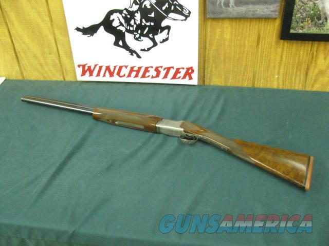 6831 Winchester 101 Pigeon XTR FEATHERWEIGHT, 20 gauge, 26 inch barrels ic/mod, ejectors, vent rib, STRAIGHT GRIP, Winchester butt pad, Quail/snipe coin silver engraved receiver, AA++Fancy Walnut, 96-97% condition,very few of the FEATHERWEI  Guns > Shotguns > Winchester Shotguns - Modern > O/U > Hunting
