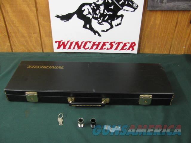 6654 Winchester 101 LIGHTWEIGHT 12 gauge 27 barrels 2 3/4 & 3 inch 4 chokes ic m im full wrench, keys, correct Winchester case, all original 97 % condition, ejectors, vent rib, pheasant quail snipe engraved coin silver receiver,Winchester b  Guns > Shotguns > Winchester Shotguns - Modern > O/U > Hunting