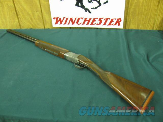 6207 Winchester 101 Pigeon XTR FEATHERWEIGHT 20 gauge 2 3/4 7 3 inch chambers,ic/mod, 26 inch barrels STRAIGHT GRIP, 99%,Winchester butt pad. correct case available $350. A+Fancy Walnut. very hard to find in FEATHERWEIGHT. 6.3 lbs  Guns > Shotguns > Winchester Shotguns - Modern > O/U > Hunting