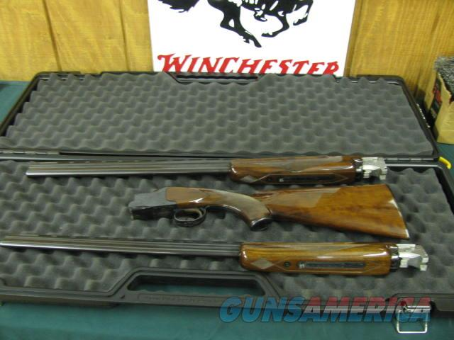 6221 Winchester Field 28 gauge and 410 gauge,both 28 inch barrels sk/sk,matched serial numbers, Winchester butt plate, 99% condition, bores brite and shiny, lever to right, hardly shot, opens and closes tite. very hard to find in 2 barrel s  Guns > Shotguns > Winchester Shotguns - Modern > O/U > Hunting